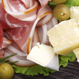 Deli, Cheese, Salads & Dips Category Image