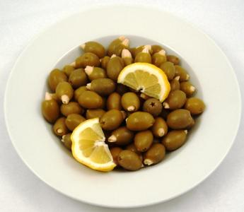 Almond Stuffed Olives Product Image