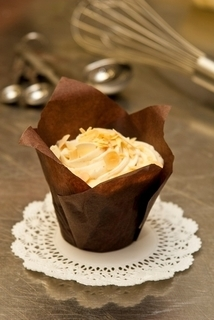 Knotty Pine Buttered Almond Cupcake Product Image