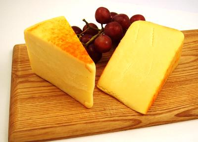 Applewood Smoked Cheddar Product Image